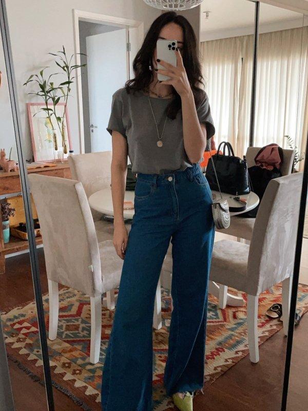 Calça Jeans Pantalona Tradicional Azul Médio