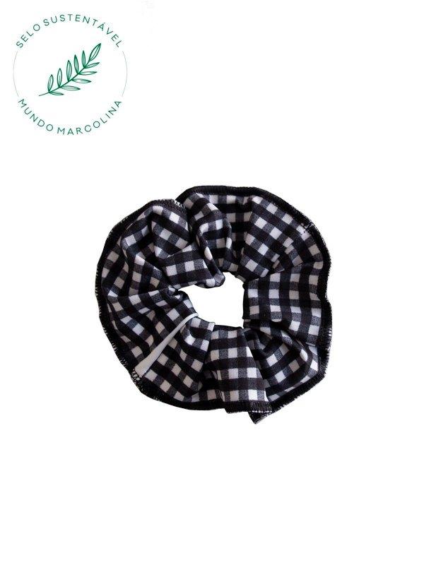 Scrunchie Xadrez preto e branco
