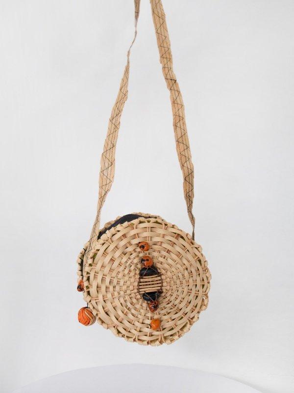Bolsa de palha redonda com preto 15