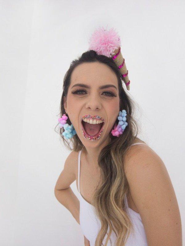 Brinco Pompom Candy