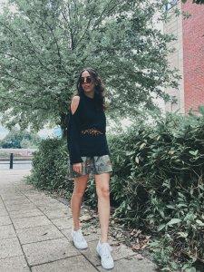 Vestido Isadora Estampa Bichos  + cinto de mimo -3