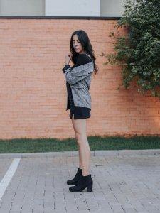 Shorts Saia Lara Preto-6